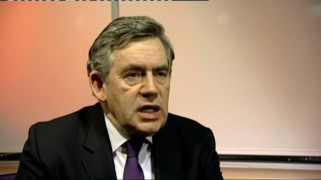 gordon brown visits bbc wm radio in birmingham gordon brown mp interview on gaza crisis sot must build on step taken by international community... - made in the usa kort fras bildbanksvideor och videomaterial från bakom kulisserna