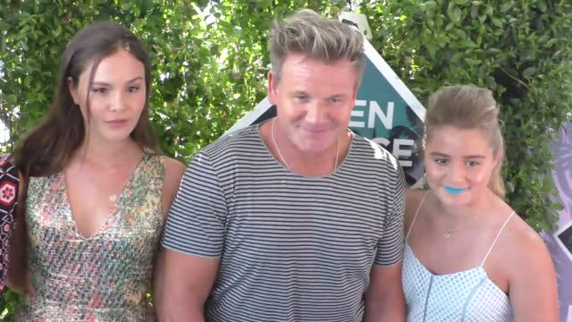 gordon ramsay arriving to the 2016 teen choice awards at the forum in los angeles on july 31 2016 in los angeles california - gordon ramsay stock videos and b-roll footage