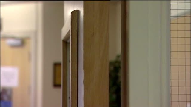jury finds inappropriate medication killed three patients exterior general views gosport war memorial hospital hospital corridor sign for dryad ward... - gesamtansicht stock-videos und b-roll-filmmaterial