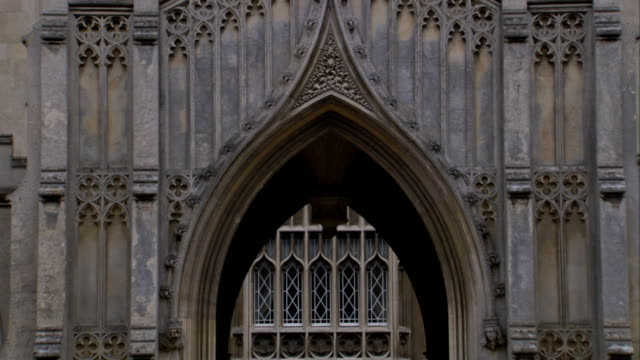 gothic arches characterize king's college in cambridge. available in hd. - cambridge university stock videos and b-roll footage