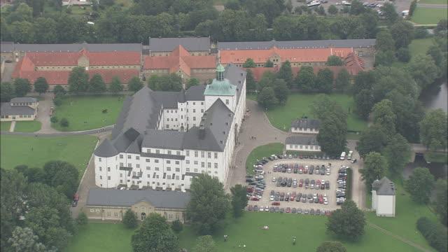 gottorf castle - schlossgebäude stock-videos und b-roll-filmmaterial