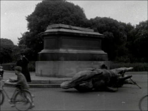 gough statue in dublin blown up by ira bomb; republic of ireland: dublin: ext people at scene of explosion destroyed statue / horse section of statue... - dublin republic of ireland stock videos & royalty-free footage