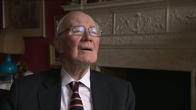 government accused of cronyism over new peerages location unknown int sir menzies campbell interview sot westminster reporter to camera professor meg... - sir menzies campbell bildbanksvideor och videomaterial från bakom kulisserna