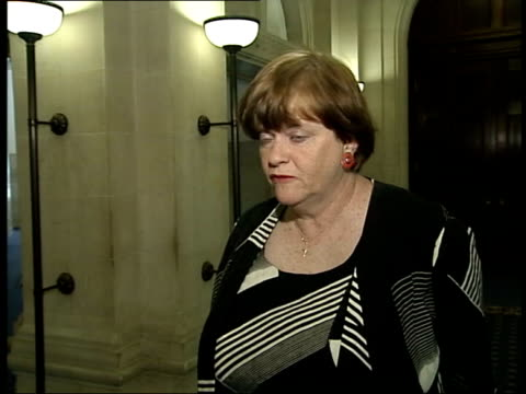 government plans to reform the justice system: sentencing changes; itn int ann widdecombe mp towards up stairs with other ann widdecombe mp... - itv late evening bulletin点の映像素材/bロール