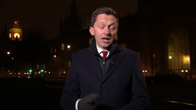 government refuses to report operational details over trident missile malfunction england london reporter to camera - 三叉槍点の映像素材/bロール