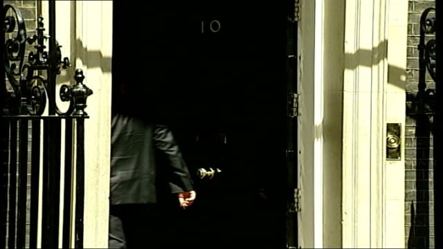 Downing Street arrivals ENGLAND London Downing Street EXT Alastair Campbell chatting to Sky News political correspondent Adam Bolton / Campbell away...