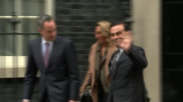 vidéos et rushes de government reveals some of the assurances given to nissan to ensure sunderland plant deal r14101621 downing street ext carlos ghosn and others along... - ghosn