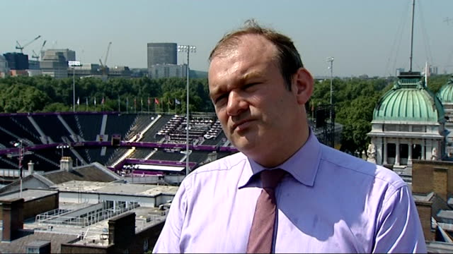 government split on renewable energy london ed davey mp interview sot government has signed up to be greenest government ever / whole government's... - 全部点の映像素材/bロール