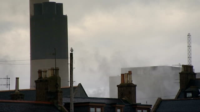 stockvideo's en b-roll-footage met government to announce more money for carbon capture research location unknown int graham van't hoff interview sot peterhead power station ext... - shell merknaam