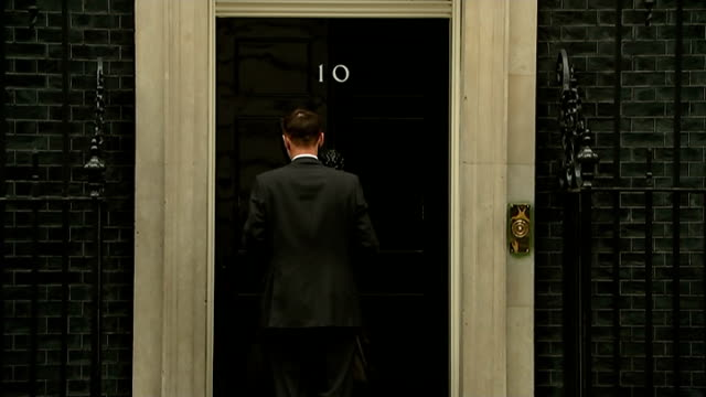 government tries to pass emergency phone and internet data legislation cabinet arrivals england london downing street ext danny alexander mp from car... - オーウェン・パターソン点の映像素材/bロール