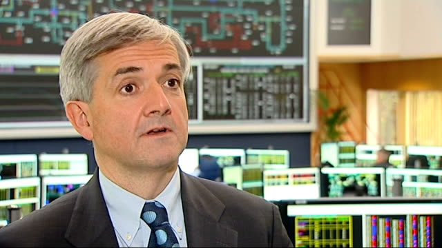 Government unveils plans to overhaul electricity sector ENGLAND EXT General view of unidentified power station Reading National Grid INT Chris Huhne...