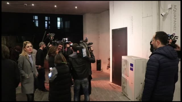 vídeos y material grabado en eventos de stock de government-backed independent candidate salome zourabichvili speaks to the press after the end of voting in a second round of the 2018 georgian... - georgia