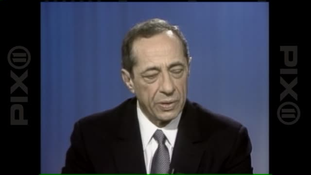 governor mario cuomo talks about new york governor job and backing bill clinton in 1992 presidential election - bill clinton stock videos and b-roll footage