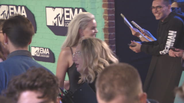 grace chatto at mtv ema awards at the sse arena wembley on november 12 2017 in london england - wembley arena stock videos & royalty-free footage