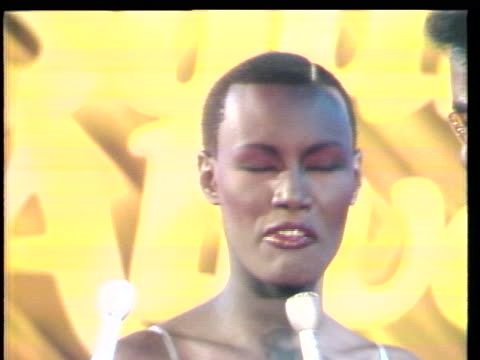 grace jones television debut on the soul alive stage. students from the bronx high school of science in new york are featured in this weeks episode.... - television show stock videos & royalty-free footage