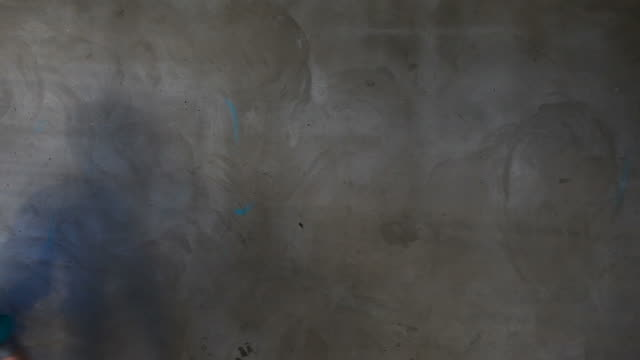 vidéos et rushes de l'artiste graffiti pour votre texte (hd - jeans texture