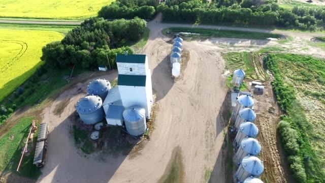grain elevator in ruddell saskatchewan - saskatchewan stock videos and b-roll footage