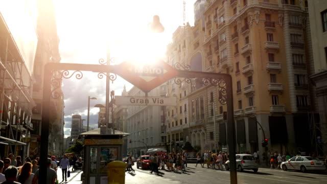 vídeos y material grabado en eventos de stock de gran vía en madrid - símbolo