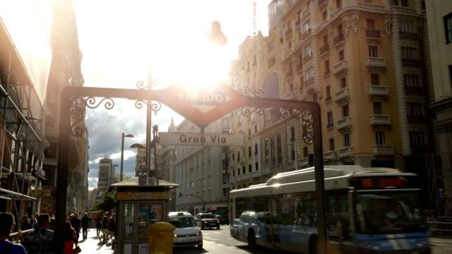 マドリードのグランビア、タイムラプス - マドリード グランヴィア通り点の映像素材/bロール