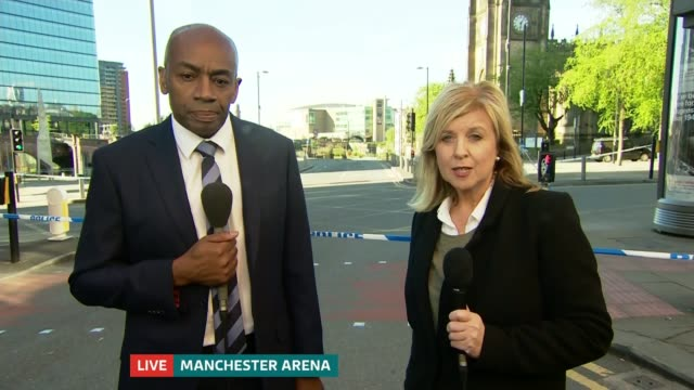 itv granada presenter tony morris dies aged 57 date unknown manchester granada news presenters tony morris and lucy meacock presenting news in studio... - itv news at ten stock videos & royalty-free footage