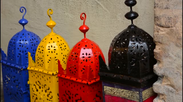 granada spain colorful metal morocco artwork for sale in shop in old city - small group of objects stock videos & royalty-free footage