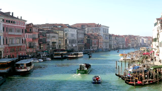 grand canal in venice, italy - grand canal venice stock videos & royalty-free footage