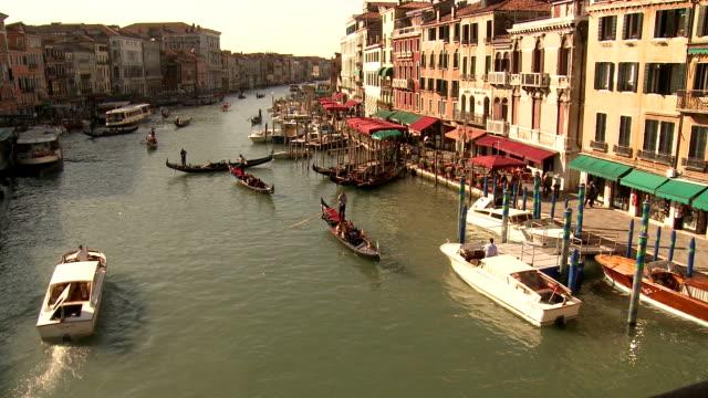 grand canal, venezia - novembre video stock e b–roll