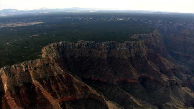 stockvideo's en b-roll-footage met grand canyon van zuid-rand - luchtfoto - arizona, en valt bestuurlijk coconino county - grand canyon