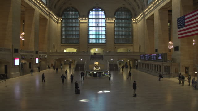 grand central station and metro north train in new york city during the coronavirus pandemic lockdown - grand central station manhattan stock videos & royalty-free footage
