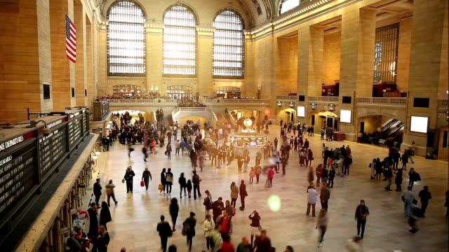 vidéos et rushes de grand central station à new york - rush hour