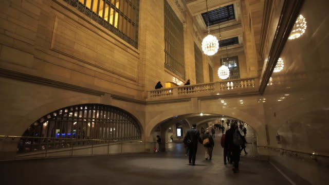 vídeos y material grabado en eventos de stock de grand central - estación edificio de transporte