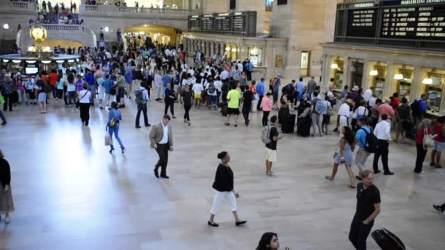 grand hall of grand central terminal, midtown manhattan, new york city, usa video: grand hall of grand central terminal on june 28, 2013 in new york... - 2013 stock videos & royalty-free footage