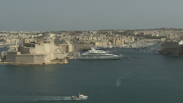 grand harbour, malta - valletta stock videos & royalty-free footage