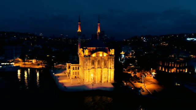 grand imperial mosque of sultan abdülmecid (ortakoy mosque) - night - bosphorus stock videos & royalty-free footage