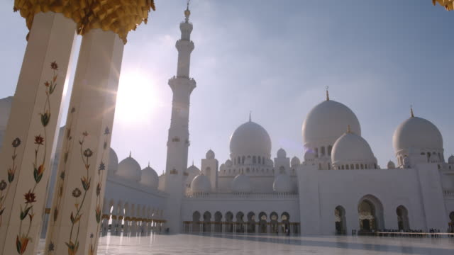 grand mosque abu dhabi - mosque stock videos & royalty-free footage