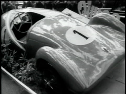 stockvideo's en b-roll-footage met grand palace of french hold auto shot int very large hall car exhibits - 1938