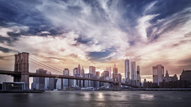 grand sunset. brooklyn bridge. manhattan financail district - panoramic stock videos & royalty-free footage