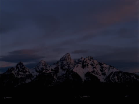 grand teton at sunrise - grand teton stock videos & royalty-free footage