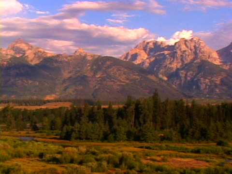 grand tetons - mt moran stock videos & royalty-free footage