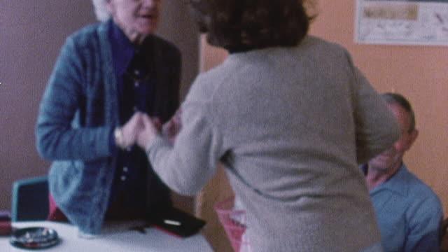 vídeos y material grabado en eventos de stock de 1978 montage granddaughter calling on her grandmother / united kingdom - visita