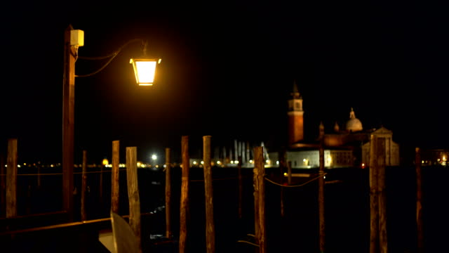 grande canale in venice by night. in the background san giorgio maggiore - kirche stock videos and b-roll footage