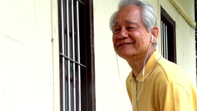 Grandfather Tablet Dancing Hong Kong