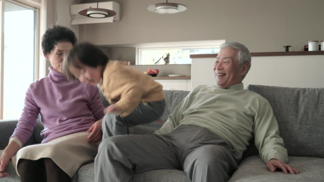 grandparents play with the grandchildren and living - japanese culture stock videos & royalty-free footage