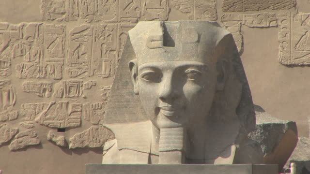 cu granite statue of ramesses ii, luxor, egypt - male likeness stock videos & royalty-free footage