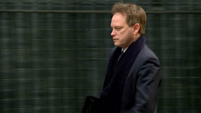 grant shapps admits holding second job while an mp lib downing street ext grant shapps along to no10 - grant shapps stock videos and b-roll footage