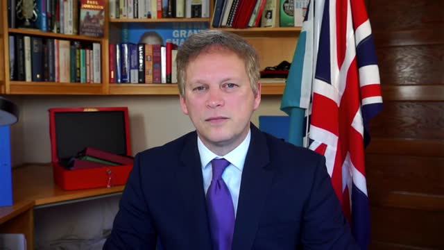 grant shapps interview; england: int grant shapps mp interview via internet sot. - this is about the variants, not about the prevalence from other... - particle stock videos & royalty-free footage