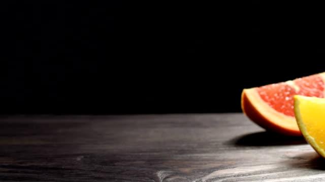 vídeos de stock, filmes e b-roll de toranja, laranja e limão - pistilo