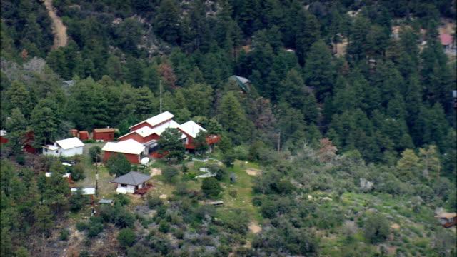 草原でアグアフリア国立記念碑航空写真-アリゾナ、yavapai 郡、アメリカ合衆国 - agua点の映像素材/bロール