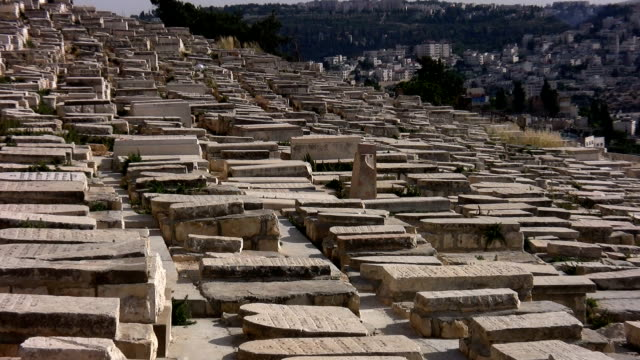graves in jerusalem - judaism stock videos & royalty-free footage