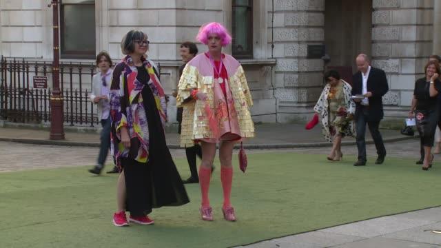 vídeos de stock, filmes e b-roll de grayson perry at the royal academy of arts summer party on 4 june, 2014 in london, england. - royal academy of arts